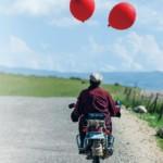 チベット映画の先駆者ペマ・ツェテン初の日本劇場公開作!心揺さぶられるヒューマン・ドラマ『羊飼いと風船』