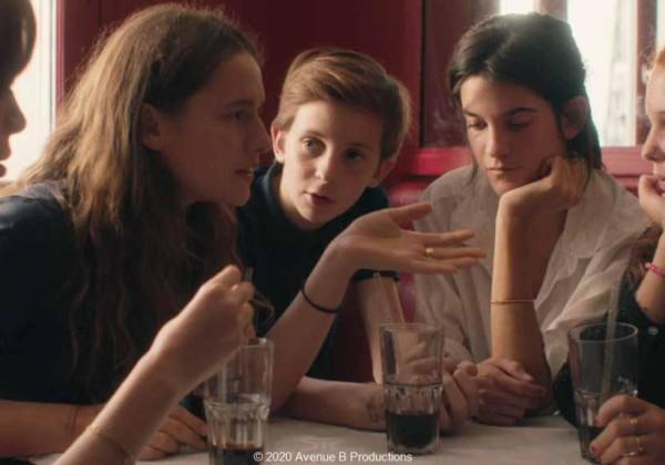 スザンヌ、16歳、20歳の新鋭女性監督が描く、危うくも初々しい独創的な初恋の物語、スザンヌ・ランドン、アルノー・ヴァロワ、フレデリック・ピエロ、フロランス・ヴィアラ、レベッカ・マルデール、サンドリーヌ・キベルラン、ヴァンサン・ランドン